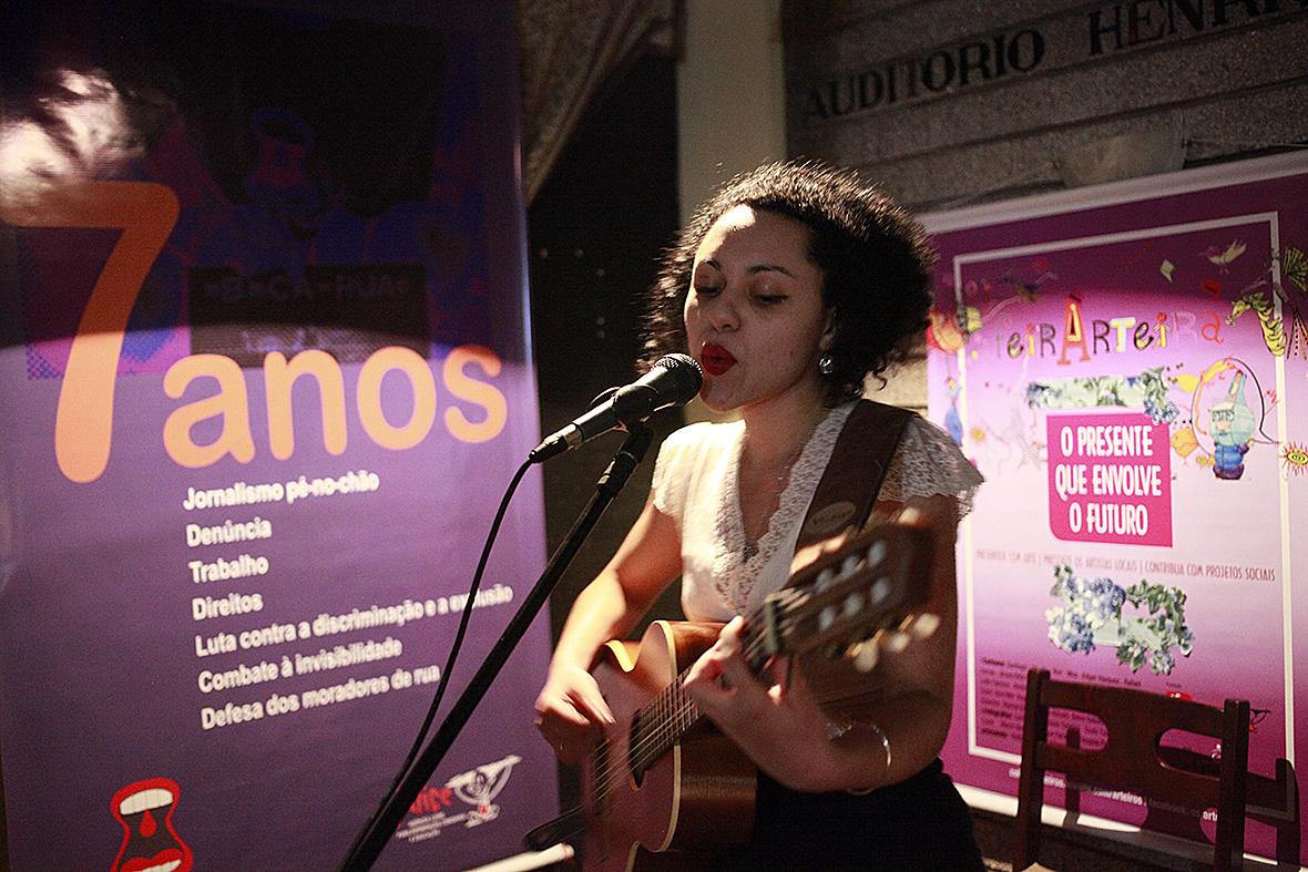 Arte, música e dança  em FestArteira solidária