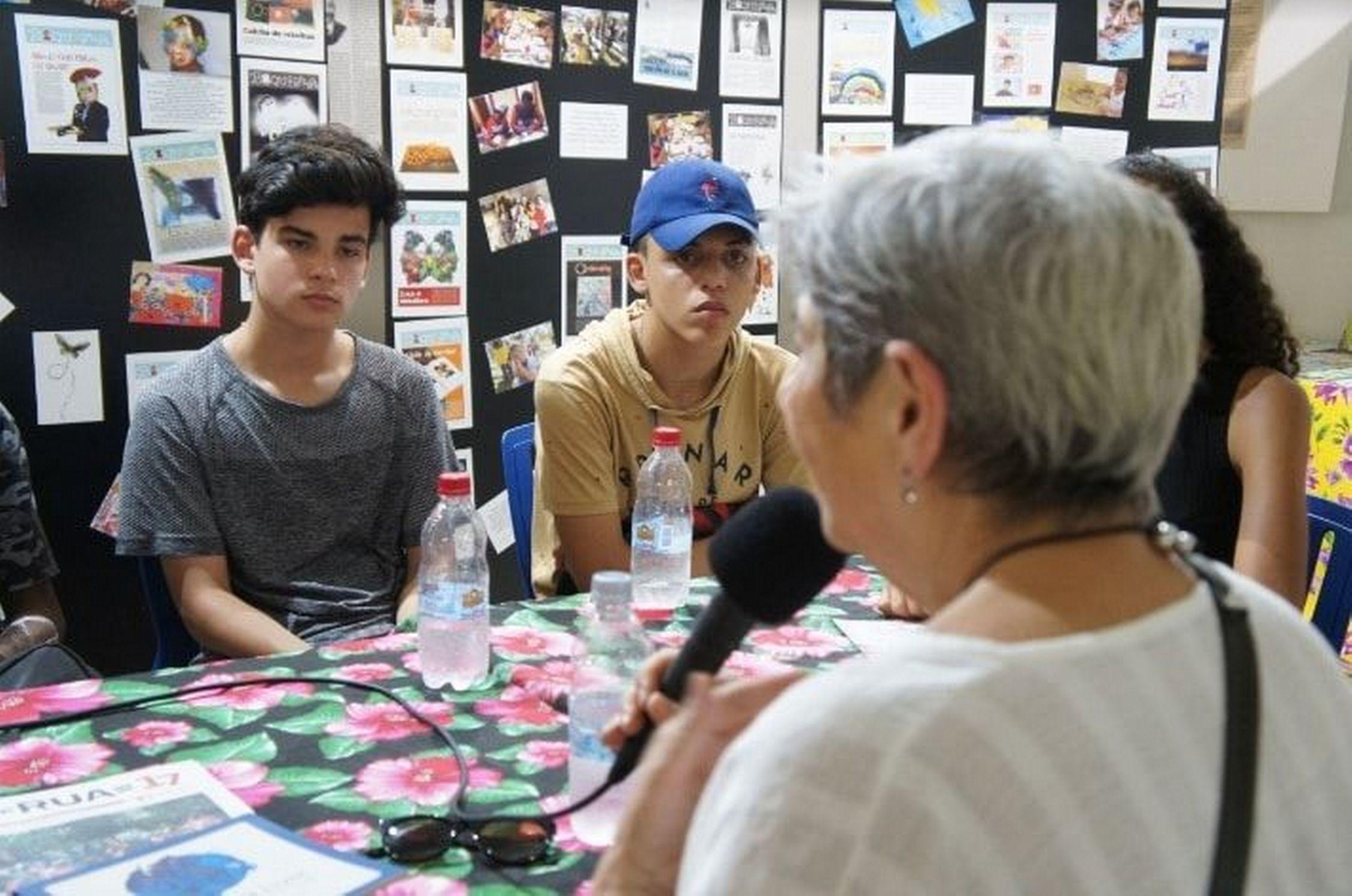 Boquinha participa da Feira do Livro e entrevista uruguaia Lilian Celiberti